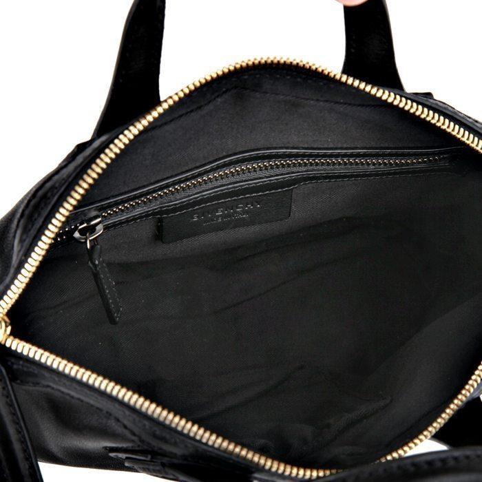 New Givenchy Nightingale Micro Zanzi bag in black leather – LUSSO DOC 7326f2339b