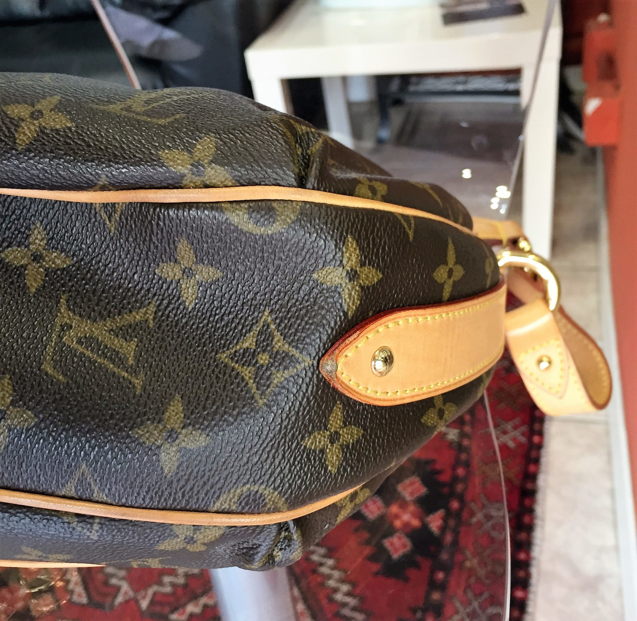 6c640fac492b Pre-owned Louis Vuitton Tulum PM bag in LV monogram canvas – LUSSO DOC