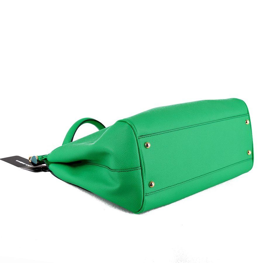 c2ce588e038f New Dolce   Gabbana Miss Sicily Green Large shoulder Bag   Gold Hardware